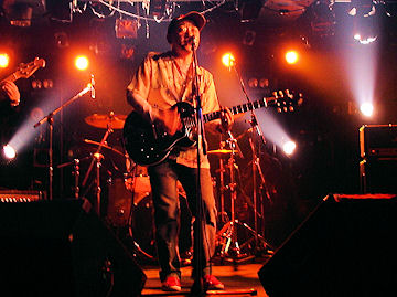 200804tkeoff7